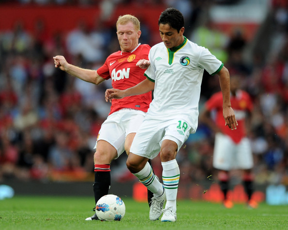 01304ae474c Manchester United v New York Cosmos - Paul Scholes  Testimonial Match