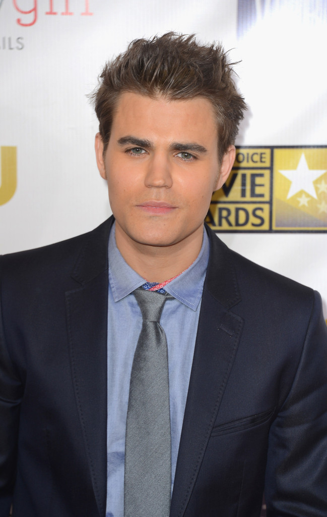 paul wesley arrives at the 18th annual critics choice