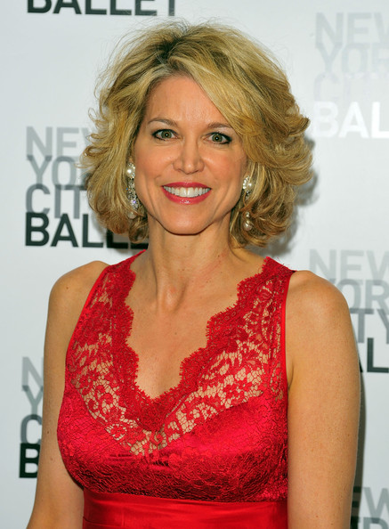 Night Celebration In This Paula Zahn Attends The New