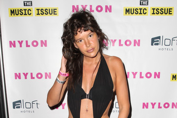 Paz de la Huerta HAIM Celebrates Their Magazine Cover