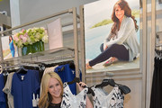 Tuesday: Jennifer Love Hewitt - The Week In Pictures: April 04, 2014