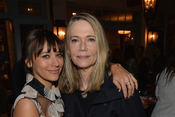 Peggy Lipton Cindi Leive and Jane Buckingham Celebrate Rashida Jones' New Glamour Column
