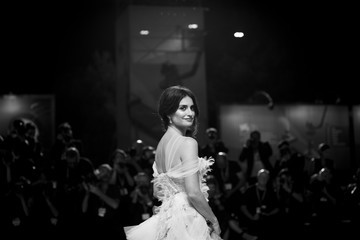 Penélope Cruz 'Wasp Network' Red Carpet Arrivals - The 76th Venice Film Festival