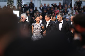 """Penelope Cruz Pedro Almodovar """"Pain And Glory (Dolor Y Gloria/ Douleur Et Glorie)"""" Red Carpet - The 72nd Annual Cannes Film Festival"""
