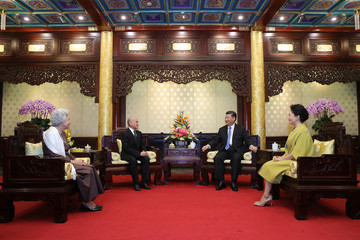 Peng Liyuan King of Cambodia Visits China