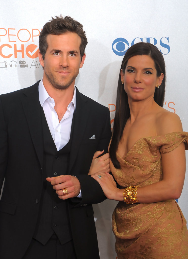 Sandra Bullock And Ryan Reynolds Photos Photos Peoples Choice