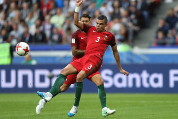 Pepe Portugal v Mexico: Group A - FIFA Confederations Cup Russia 2017