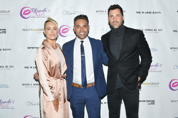 Peta Murgatroyd Mr. Warburton Presents Kiss The Stars Breast Cancer Awareness Cocktail Hour Hosted By Anne Heche