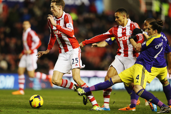 Peter Crouch Chico Flores Photos - 1 of 5