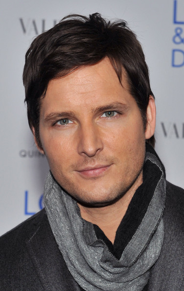 """Peter Facinelli Actor Peter Facinelli attends a screening of """"Love & Other Drugs"""" at DGA Theater on November 16, 2010 in New York City."""