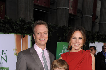 "Peter Hedges Premiere Of Walt Disney Pictures' ""The Odd Life Of Timothy Green"" - Red Carpet"