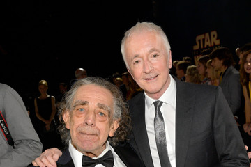 Peter Mayhew Premiere of Disney Pictures and Lucasfilm's 'Star Wars: The Last Jedi' - Red Carpet