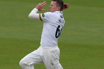 Peter Siddle Hampshire Vs. Essex - Specsavers County Championship: Division One