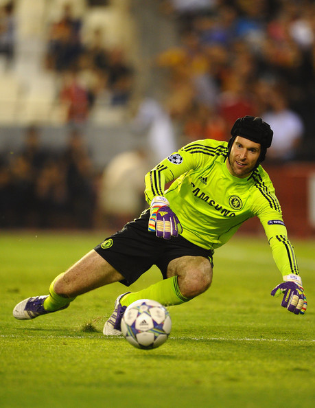 These are Petr Cech's favourite ever three saves in his ...  |Petr Cech Chelsea Save