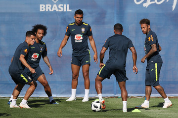 Philippe Coutinho Neymar JR Brazil Training And Press Conference