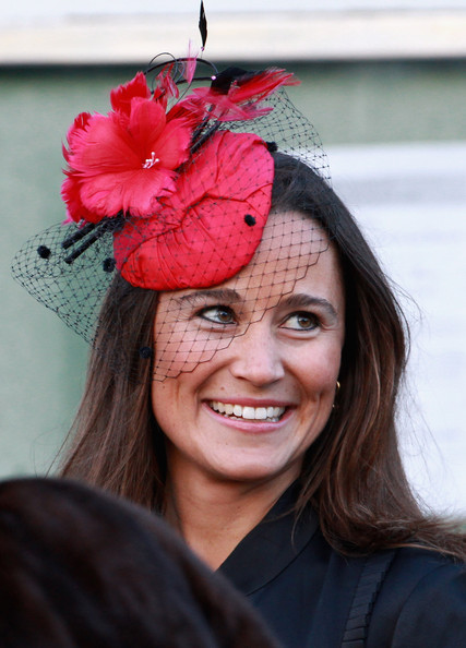 kate middleton younger sister. kate middleton younger.