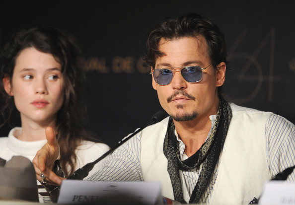"""Actor Johnny Depp .attends the """"Pirates of the Caribbean: On Stranger Tides"""" press conference at the Palais des Festivals during the 64th Cannes Film Festiva lon May 14, 2011 in Cannes, France."""