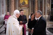 Pope Benedict XVI meets Polish President Lech Kaczynski and his wife Maria Kaczynska at the end of  a canonisation ceremony at St Peter's Basilica on October 11, 2009 in Vatican City, Vatican.