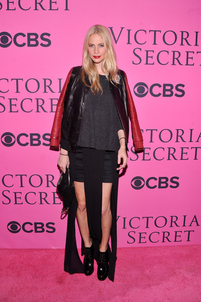 Poppy Delevingne - 2012 Victoria's Secret Fashion Show - Pink Carpet Arrivals
