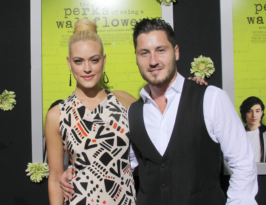 Val Chmerkovskiy gushes about Jenna Johnson I m in love