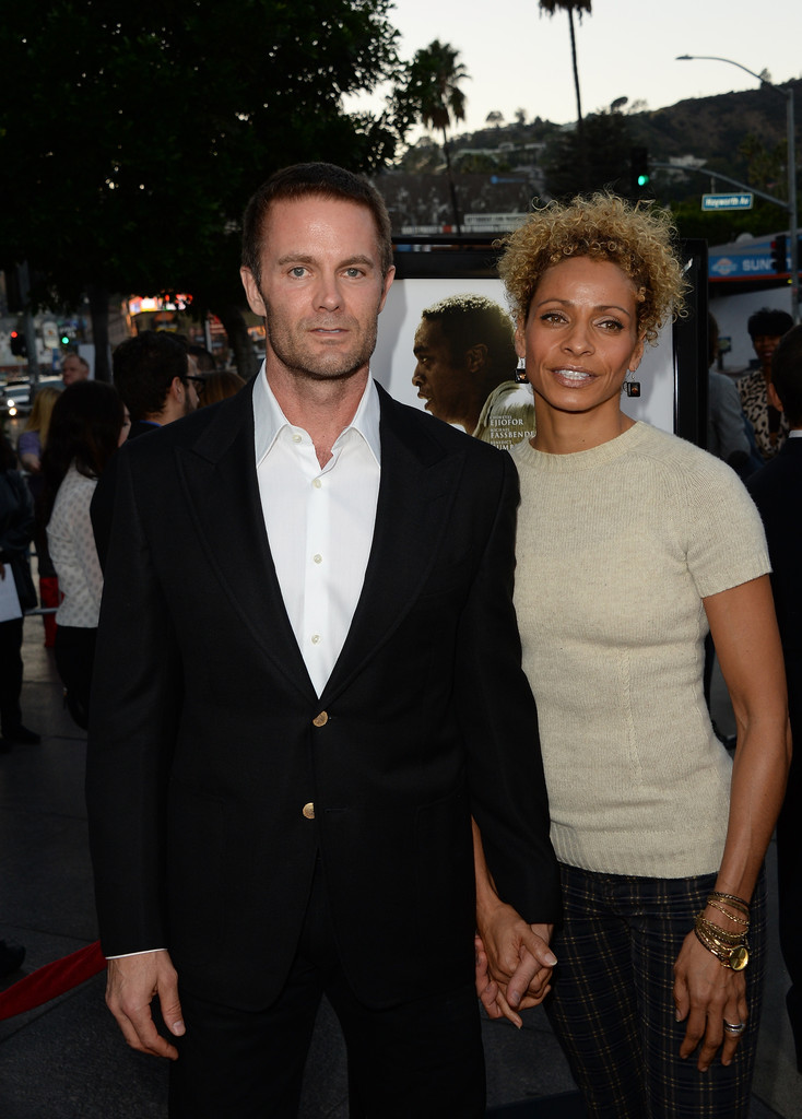 Garret Dillahunt with his spouse