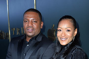 """(L-R) Mekhi Phifer and Reshelet Barnes attend the Premiere of Apple TV+'s """"Truth Be Told"""" at AMPAS Samuel Goldwyn Theater on November 11, 2019 in Beverly Hills, California."""