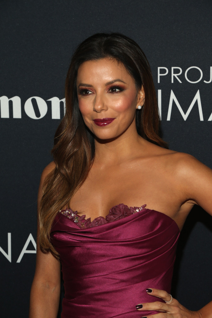 Eva Longoria Makes a Case for Matching Your Makeup to Your Dress