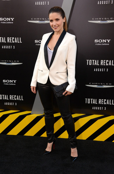 Sophia Bush - Premiere of Columbia Pictures' Total Recall at Grauman's Chinese Theatre in Hollywood - August 1st Premiere+Columbia+Pictures+Total+Recall+Arrivals+c7hbnOIphZTl