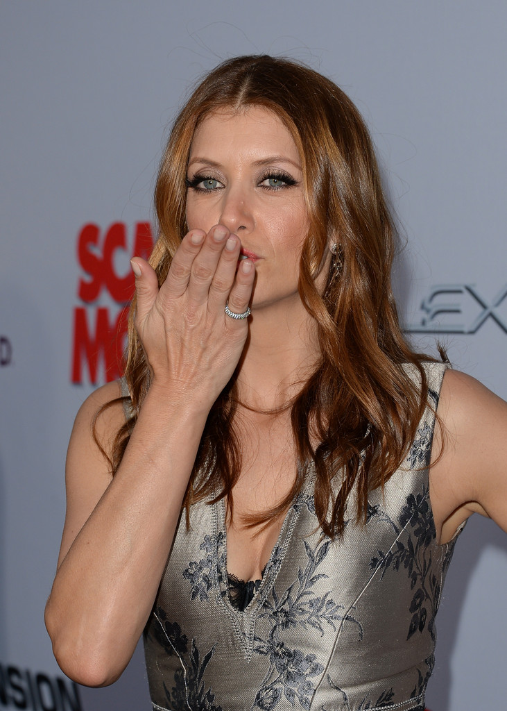 Kate Walsh Kate Walsh Photos Arrivals At The Scary Movie 5 Premiere 2 Zimbio
