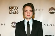 "Actor Seth Gabel attends the premiere for ""Dirty Sexy Money"" at the paramount Theatre September 23, 2007 in Hollywood, California."