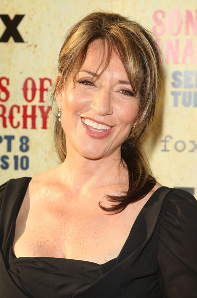 "Premiere Of FX's ""Sons Of Anarchy"" Season 2 - Arrivals (Katey Sagal)"