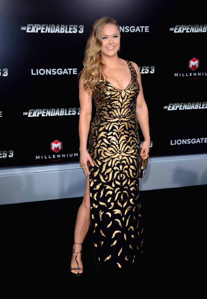 ¿Cuánto mide Rhonda Rousey? - Real height Premiere+Lionsgate+Films+Expendables+3+Arrivals+WLL2tn6Irvjx