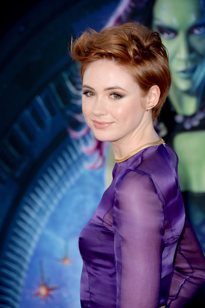 Karen Gillan Photos Ph...