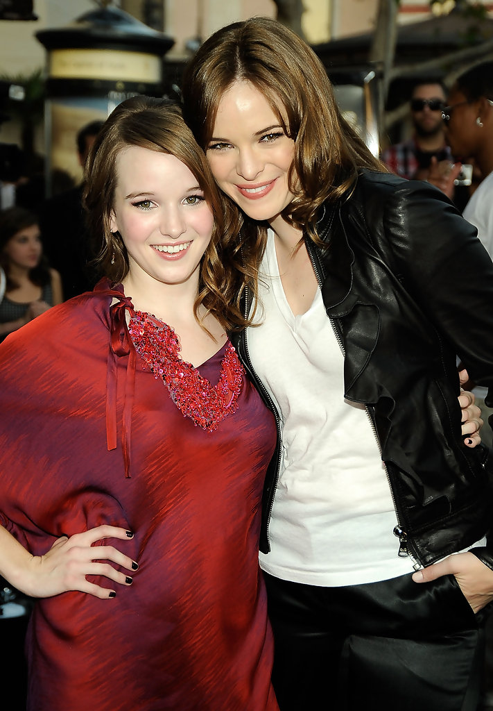 Danielle Panabaker and Kay Panabaker Photos Photos ...