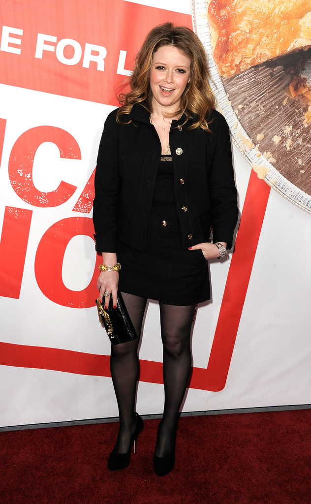 natasha lyonne photos photos premiere of universal pictures 39 american reunion arrivals. Black Bedroom Furniture Sets. Home Design Ideas