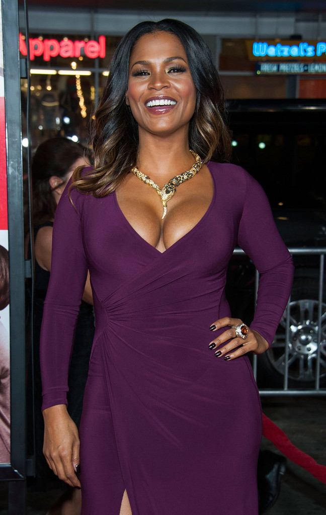 Nia Long in The Best Man Holiday Premieres in Hollywood