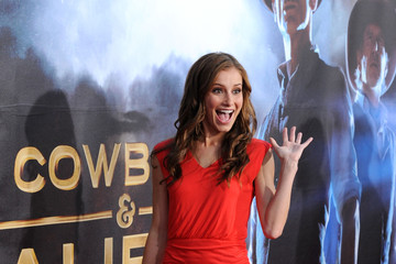 """Candace Bailey Premiere Of Universal Pictures """"Cowboys & Aliens"""" - Arrivals"""