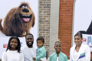 (L-R) Heaven Hart, Kevin Hart, Kenzo Kash Hart,  Hendrix Hart, and Eniko Parrish attend the Premiere of Universal Pictures' 'The Secret Life Of Pets 2' at Regency Village Theatre on June 02, 2019 in Westwood, California.