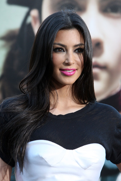 """TV Personality Kim Kardashian arrives at the Premiere Of Warner Bros. """"Orphan"""" at the Mann Village Theatre on July 21, 2009 in Westwood, Los Angeles, California."""