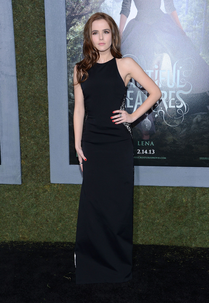 Zoey Deutch Photos Photos - Premiere Of Warner Bros ... Zoey Deutch Beautiful Creatures Premiere