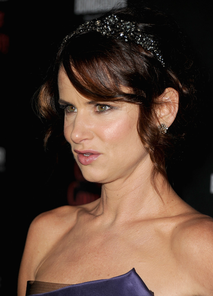 "Actress Juliette Lewis attends the Premiere of The Weinstein Company&squot;s ""August: Osage County"" at Regal Cinemas L.A. Live on December 16, 2013 in Los Angeles, California."