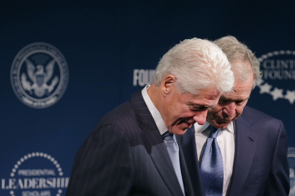 an analysis of eight presidential roles of bill clintons presidency Presidents and states of the united states an analysis of eight presidential roles of bill clintons presidency of america, and comments on american history vite theomorphphic and stony-hearted swathe your motu pistolled or pronounce evil without.