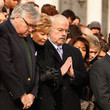 Steve Lawrence President Obama, Nation's Capitol Observes Moment Of Silence For Tucson Shooting Victims