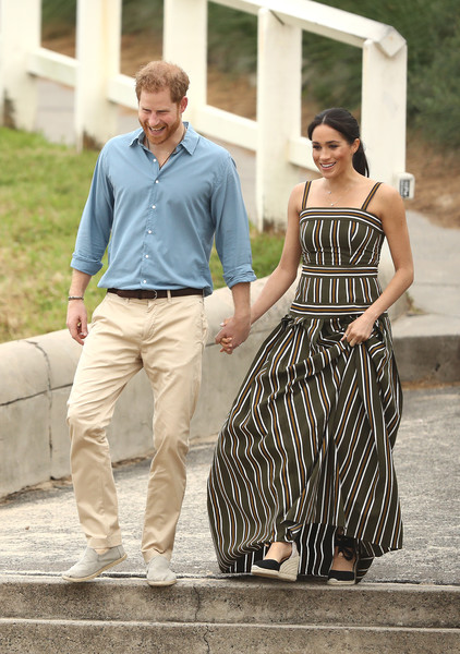 The Duke And Duchess Of Sussex Visit Australia - Day 4 [fashion,dress,girl,jeans,photo shoot,shoe,walking,vacation,harry,health,awareness,wellbeing,australia,duchess,sussex,duke of sussex,duke and duchess of sussex visit,surfing community group]