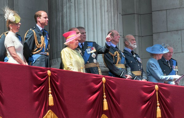 75th Anniversary of the Battle of Britain [event,military officer,uniform,75th anniversary of the battle of britain,richard,andrew,philip,elizabeth ii,michael,duke,alexandra,prince edward,countess of wessex]