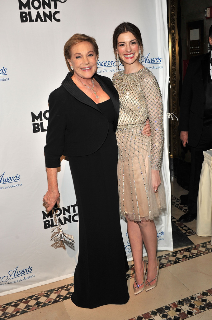 Anne Hathaway Photos P... Julie Andrews And Anne Hathaway