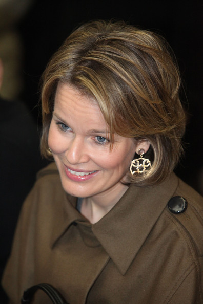 Princess Mathilde Attends Family Information National Day [mathilde attends family information national day,mathilde of belgium,families,soldiers,hair,face,hairstyle,blond,eyebrow,chin,smile,layered hair,brown hair,bob cut,belgian,peutie,quartier militaire major housiau,family information national day]