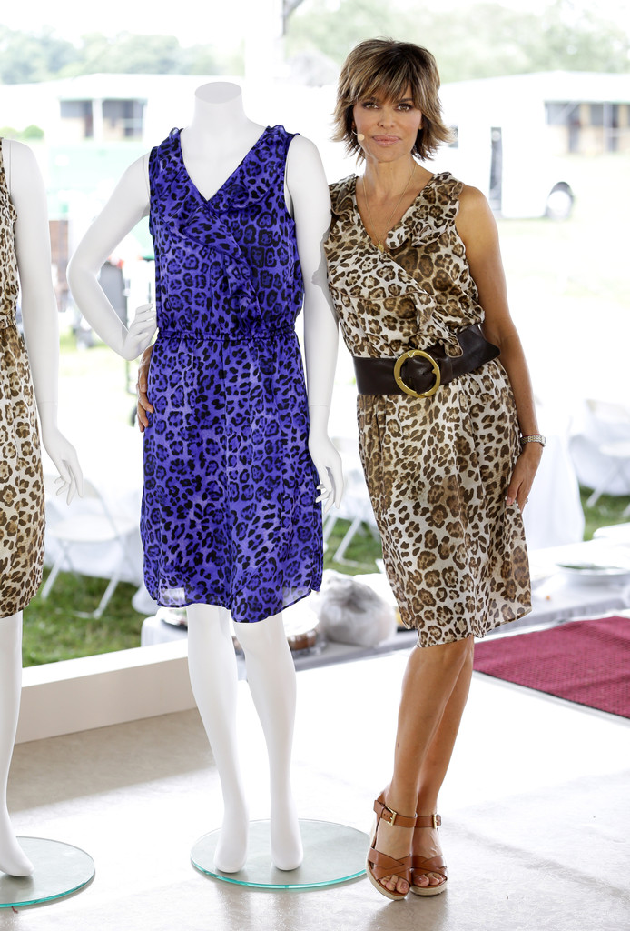 'Real Housewives' Take a Stab at Fashion Design
