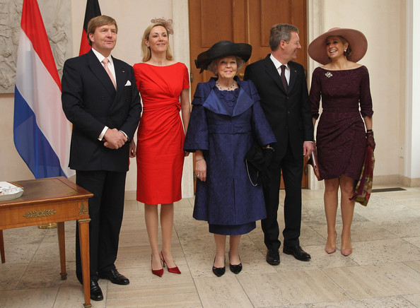 HRH Queen Beatrix Of The Netherlands And Crown Prince Couple Willem Alexander And Maxima On Germany Visit - Day 1 [formal wear,event,standing,suit,dress,tuxedo,white-collar worker,willem alexander,beatrix of the netherlands,bettina wulff,christian wulff,hrh,r,maxima,germany,berlin,visit]
