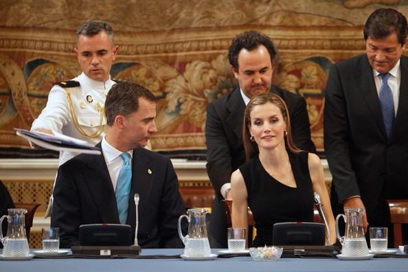 Spanish Royals Meet Patrons  [event,jury,management,official,white-collar worker,government,businessperson,letizia,felipe,spain meet patrons,members,spain,royal palace,madrid,prince of asturias foundation,principe de asturias foundation,meeting]